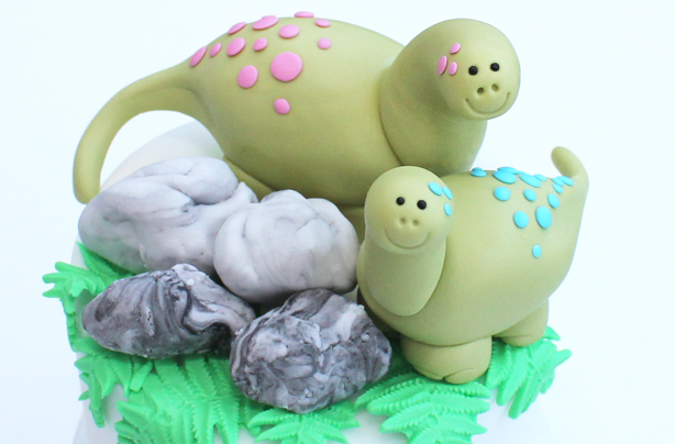 Dinosaur Cake Decorations Uk : Dinosaur cake decoration - goodtoknow