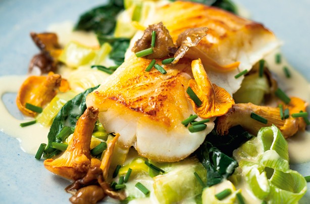 Roast cod with creamed leeks
