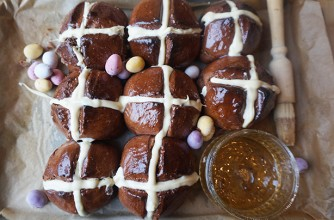 Mini Egg hot cross buns