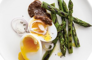Charred asparagus and duck egg salad