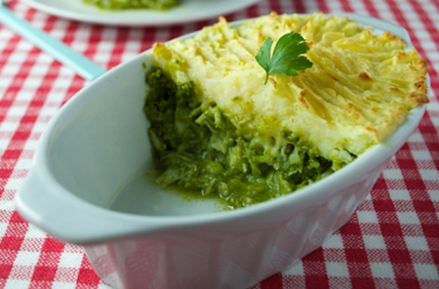 Fish pie with watercress sauce