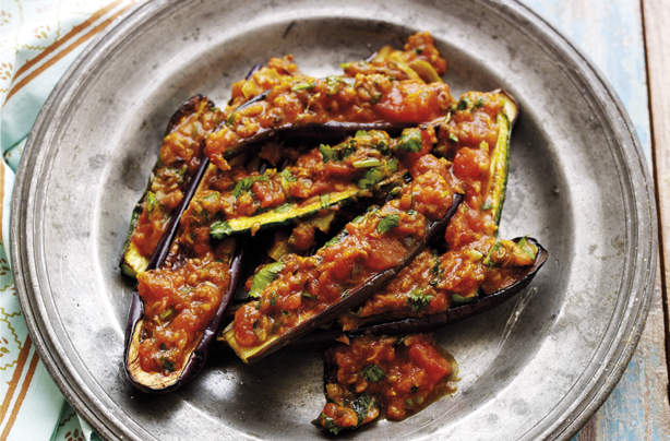 bangladeshi aubergine and courgette curry recipe   goodtoknow
