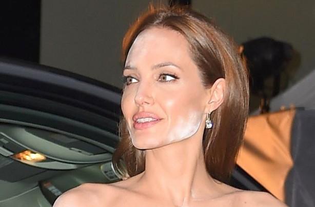 Angelina Jolie's white translucent powder