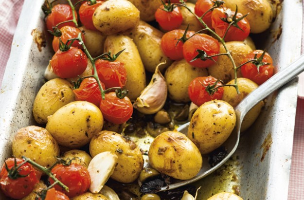 Mediterranean roast potatoes