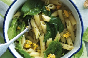 Pasta with spinach blue cheese and pine nuts