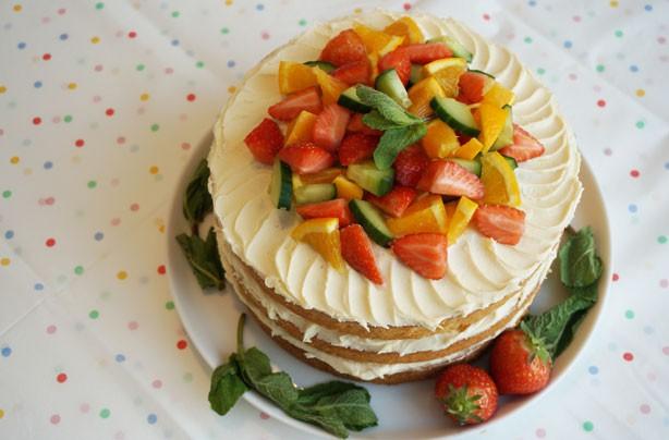 Pimm's layer cake