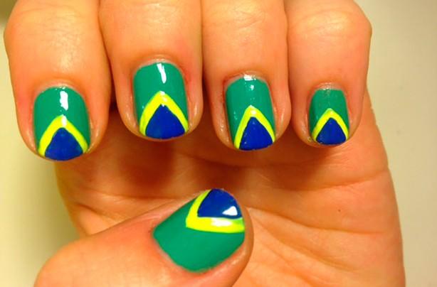 Brazil flag nails