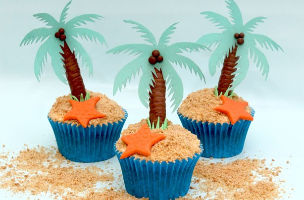 Tropical island cupcakes