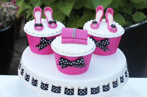 Cake Decorations Uk : Shoes and handbag cake decorations - goodtoknow