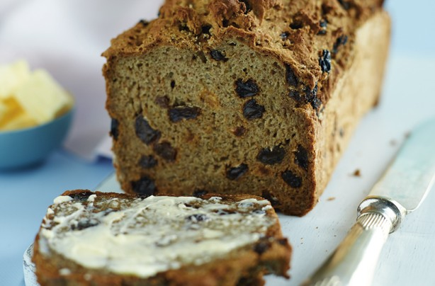 Gluten-free raisin and cinnamon bread