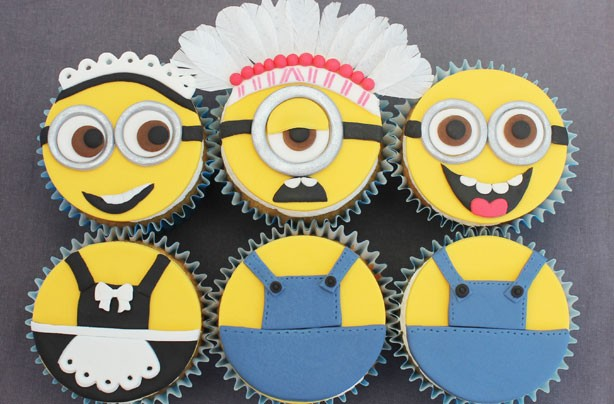 Despicable Me-inspired minion cupcakes