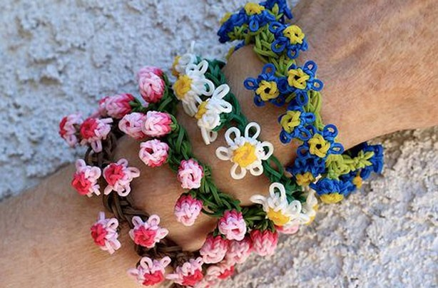 Loom band ideas: daisy chain flower bracelets