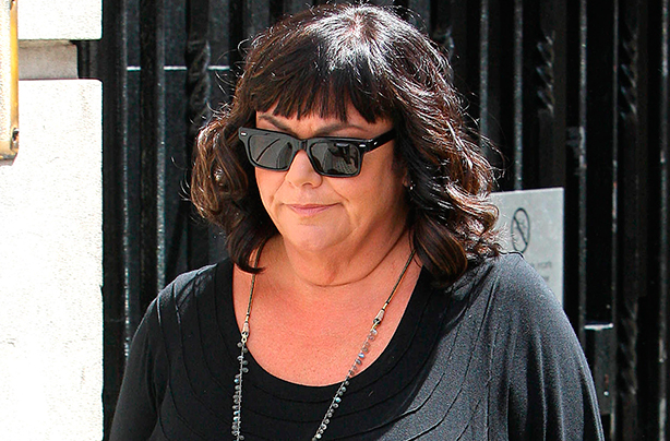 Dawn French shows off slimmer figure after years of yo-yo dieting - click for new pic!
