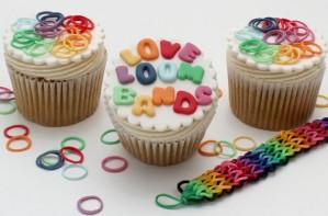 Loom band cupcakes