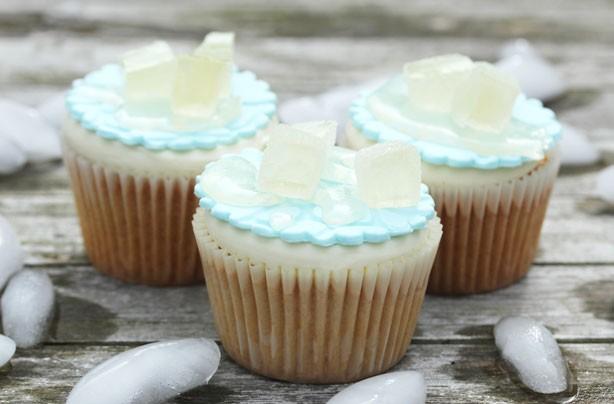 Ice bucket challenge cupcakes
