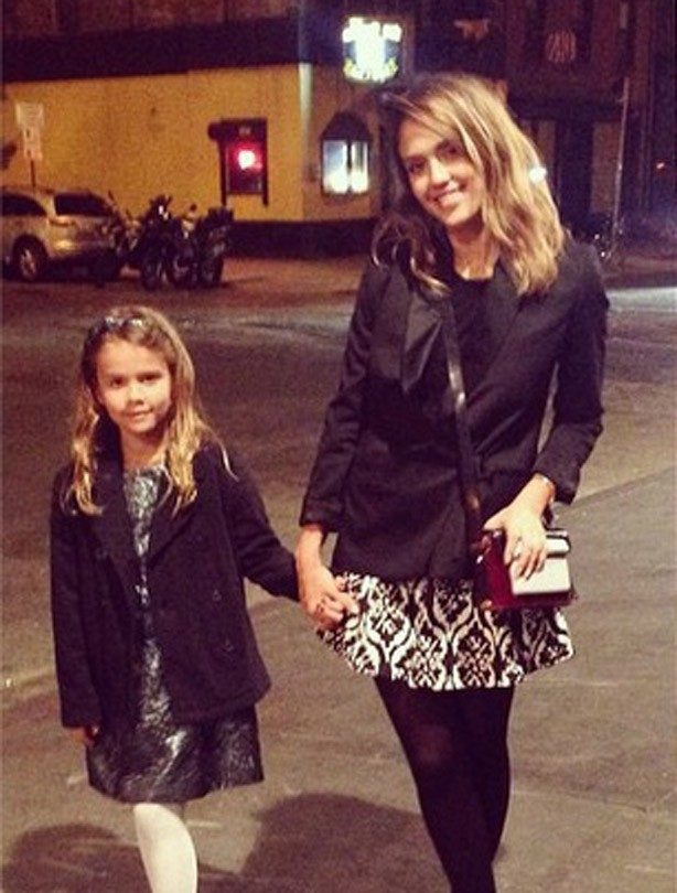Jessica Alba with her daughter Honor