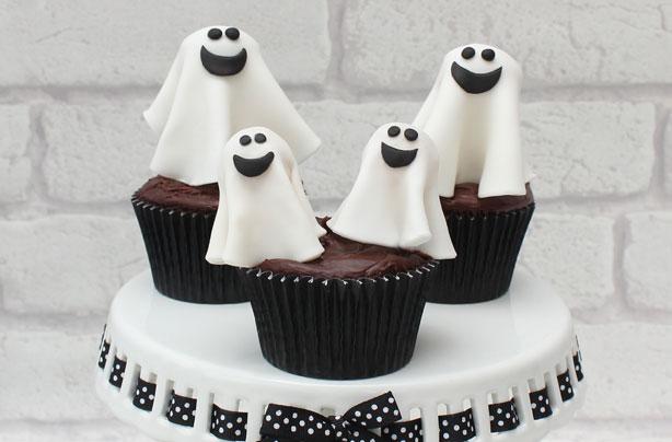 Halloween Cake Decorations Uk : How to make Halloween ghost cake decorations - goodtoknow