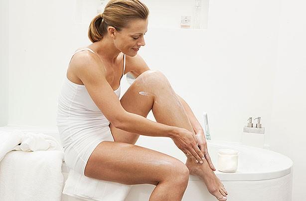 moisturising legs