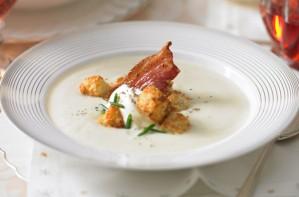 Creamy cauliflower soup