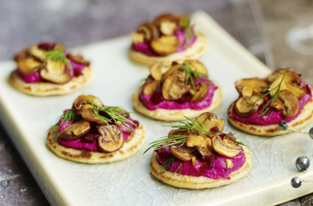 Beetroot blinis with garlicky mushrooms recipe goodtoknow for Vegetarian canape