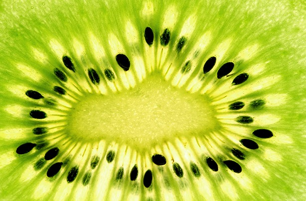 calories in fruit kiwi