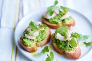 Pea and prawn crostini