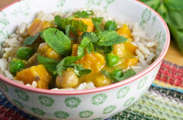 Slow-cooked sweet potato and chickpea curry