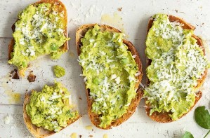 Crushed pea and bean toasts
