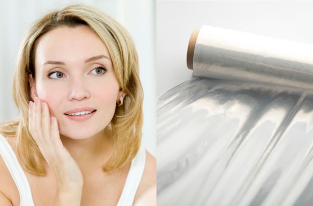 Clingfilm beauty treatment