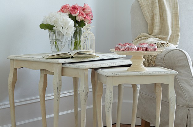 Essentials distressed table craft