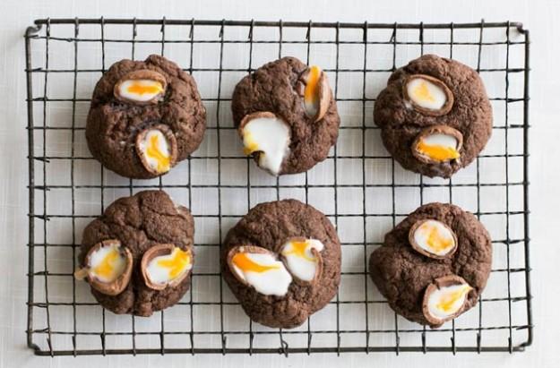Creme Egg cookies