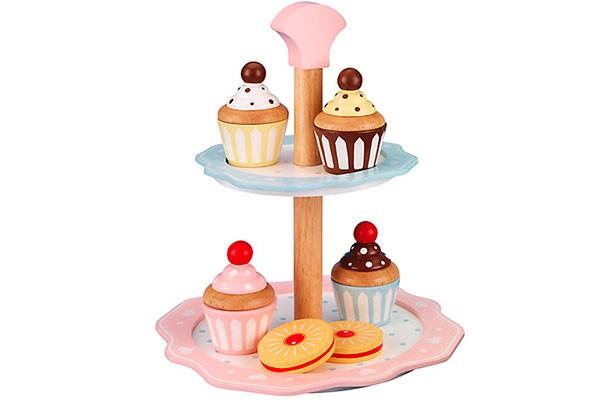 Cake stands under £15