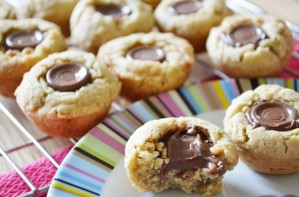 Rolo cookie cups
