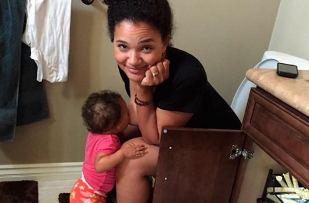 Elisha Wilson Beach's breastfeeding pic goes viral