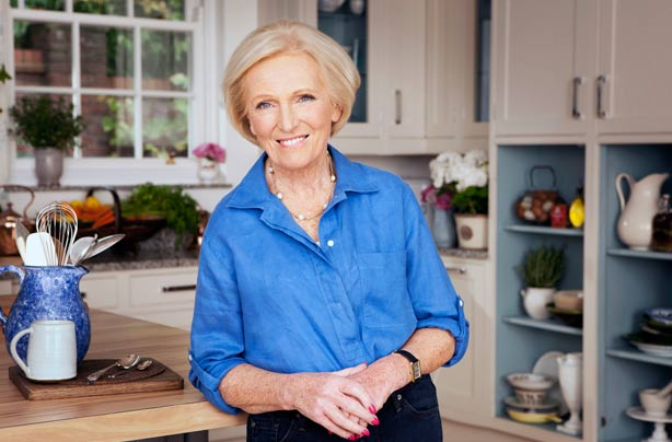 Mary berry quits the great british bake off after move to for Mary berry uk