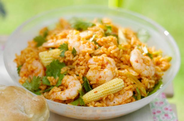 Zingy rice and prawn salad