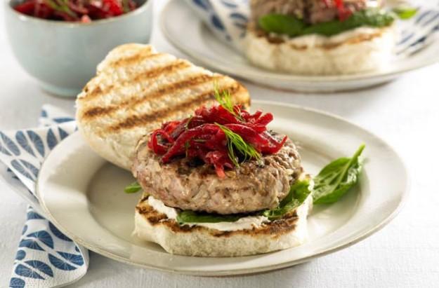 Lamb burgers with beetroot relish