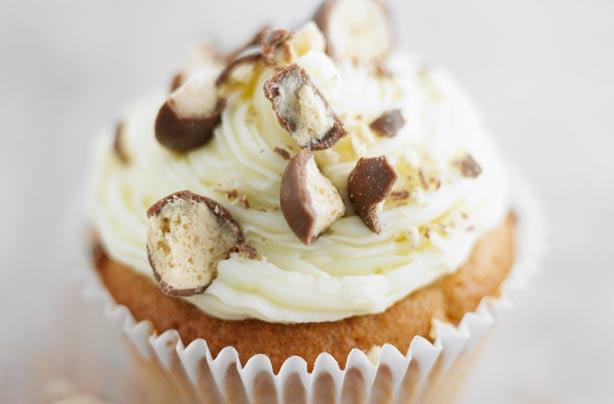 Lorraine Pascale S Maltesers Cupcakes Recipe Goodtoknow