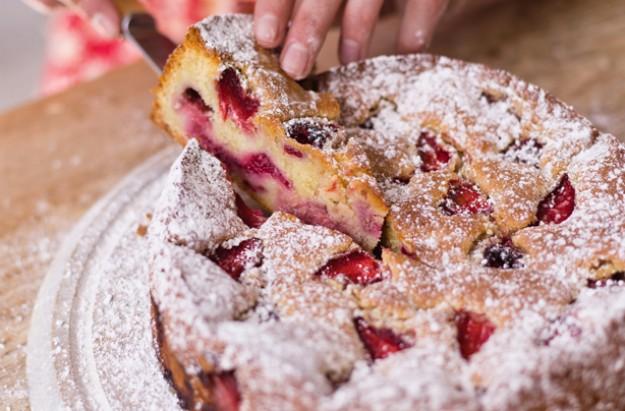 Lisa Faulkner's Fantasy Cake Recipe