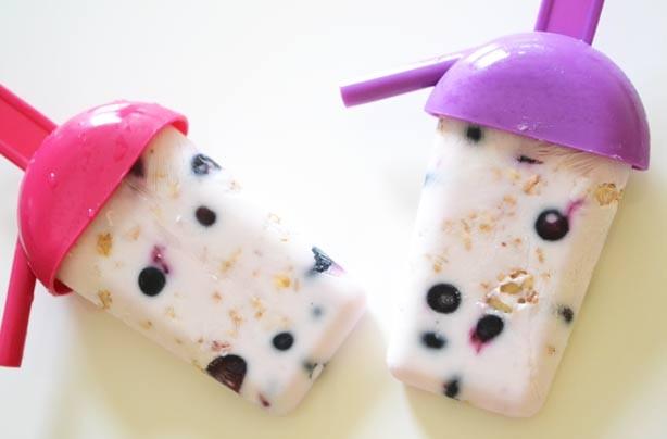 Breakfast yogurt ice lollies