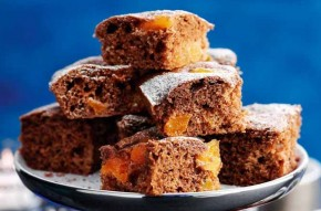 Slimming World's chocolate and apricot brownies
