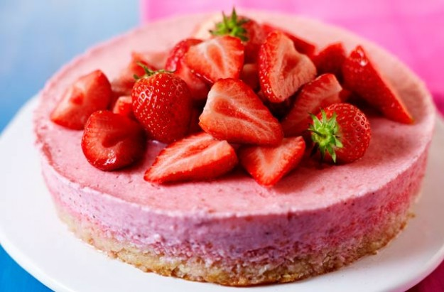 Dairy free strawberry mousse cake recipegoodtoknow