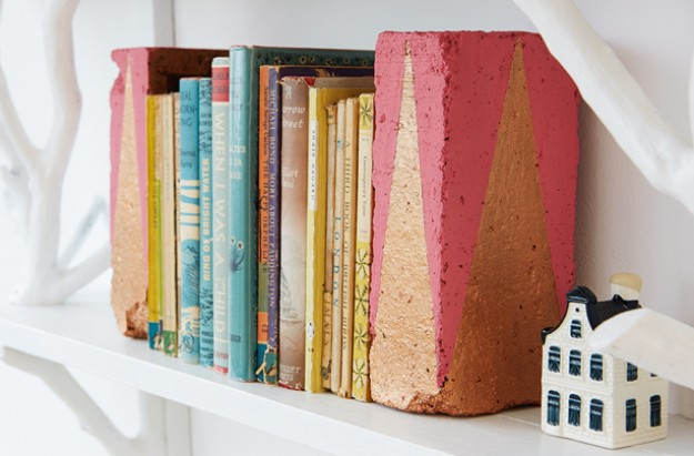 Easy homemade bookends