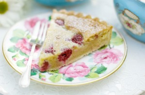 Raspberry and almond frangipane tart