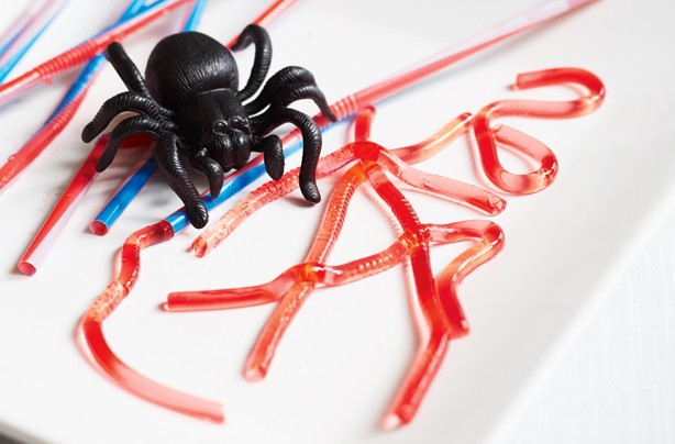 Halloween treats: Jelly worms