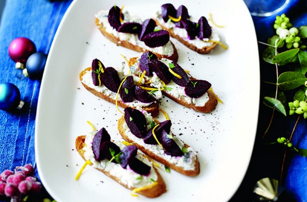Beetroot and goats' cheese herby crostini
