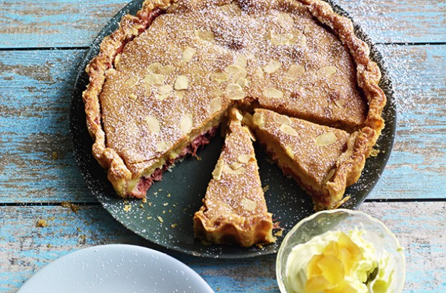 Rhubarb frangiapane tart with ginger cream