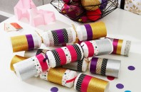 Toilet roll Christmas crackers