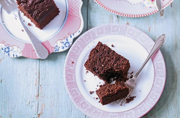 Sugar-free brazil nut chocolate brownies