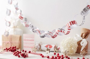 Christmas paper chain